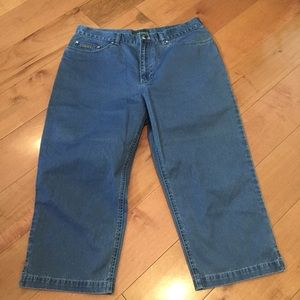 Lauren Jeans Co. capris size 12 EUC